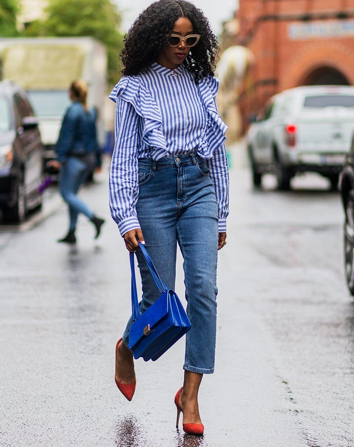 Best Ways To Style Mom Jeans 2022