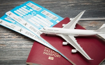 10 Tricks on How To Book Cheap Flight Tickets