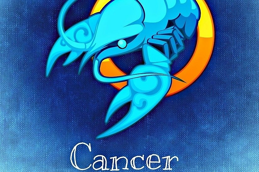 CANCER Zodiac Sign: BirthDay, Meaning and Personal Traits