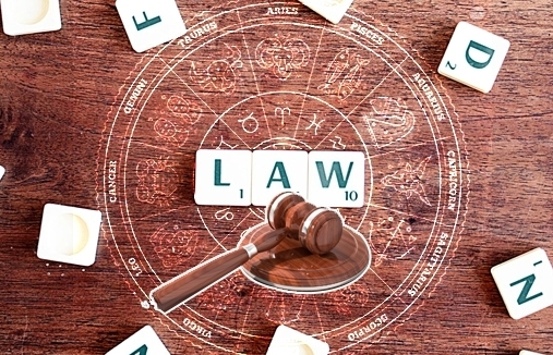 Top 6 Zodiac Signs Were Born to be A Good Lawyer