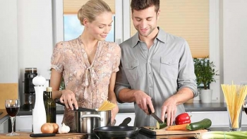 8 easy-but-effective tips on keeping your kitchen clean and safe