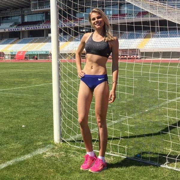 Top 35 Hottest Female Athletes of All Time