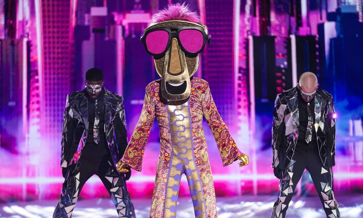 """Who is Howard Donald - """"Zip"""" on Masked Singer: Biography, Career, Personal Life"""